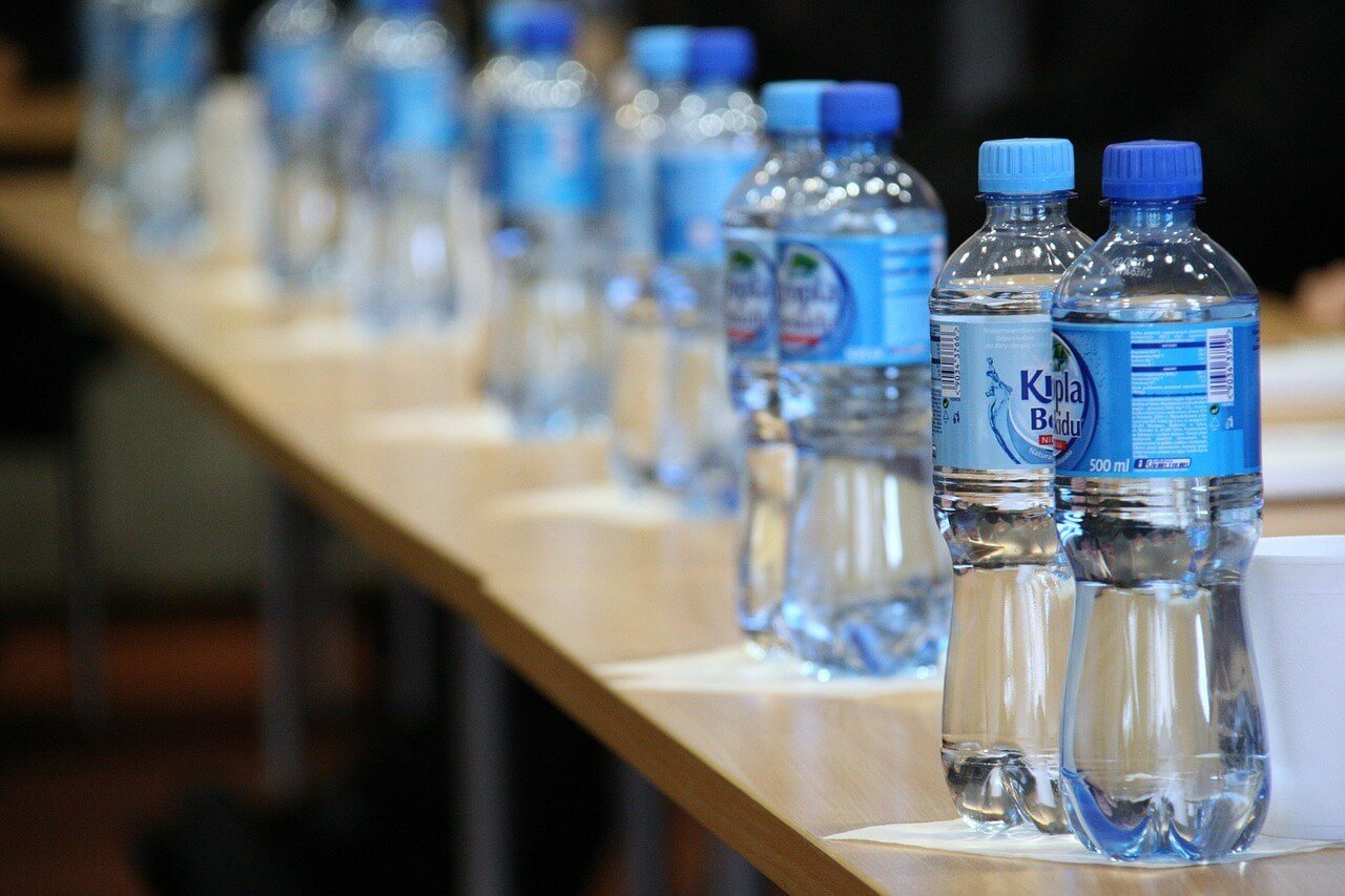 Water filtration bottles means less plastic ones