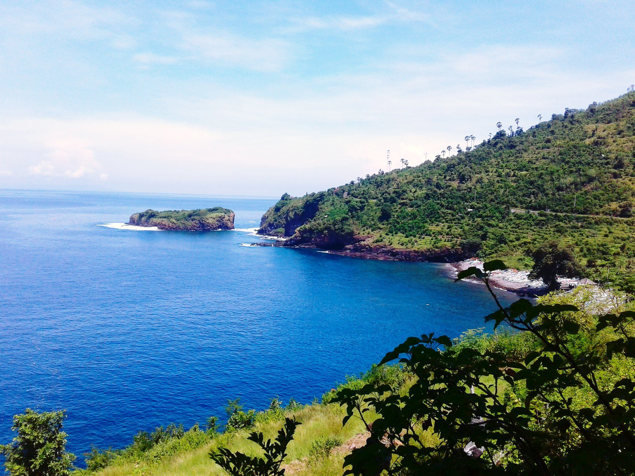 gili selang island near amed