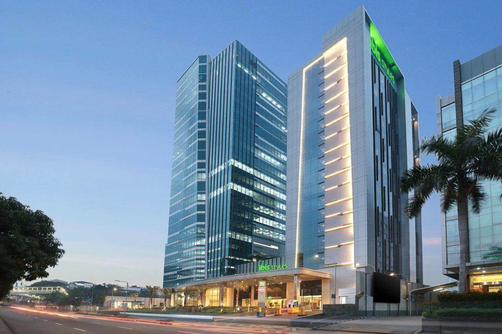 best budget hotel in jakarta