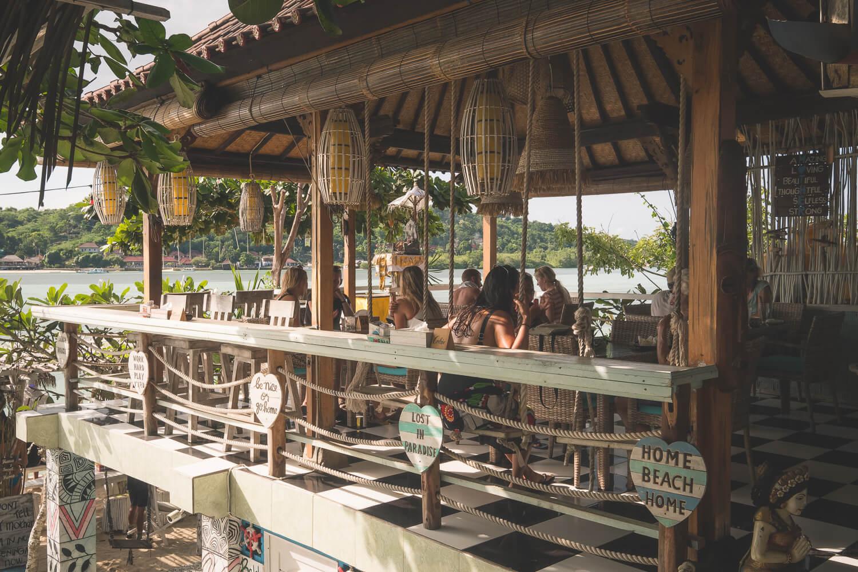 restaurant in nusa lembongan seafood