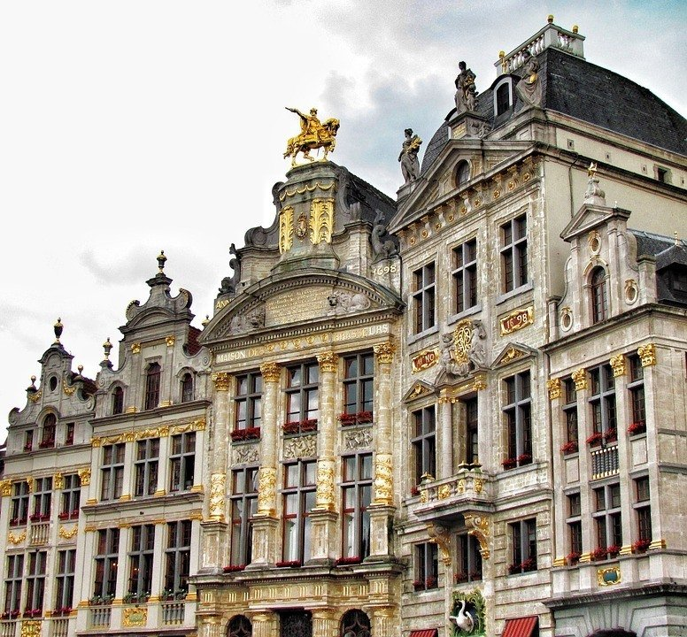 safety tips for traveling in brussels