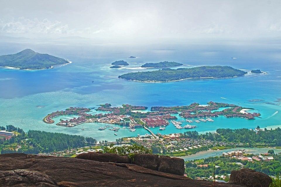 seychelles safe to visit