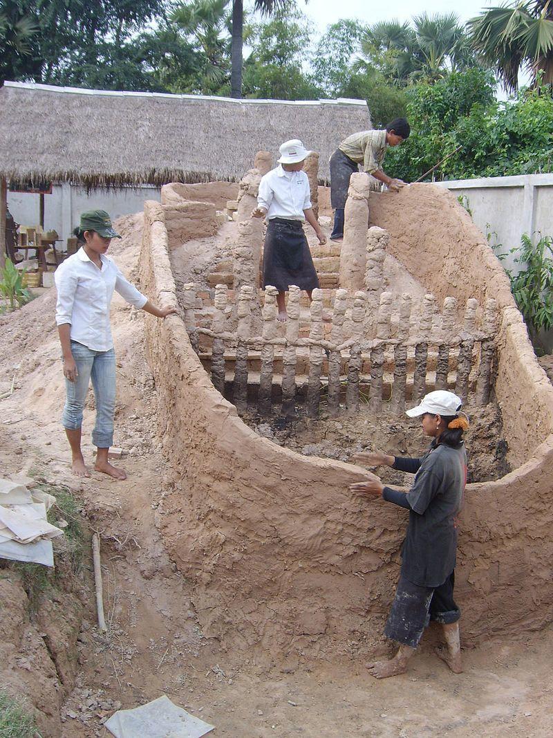 Angkor Pottery Center