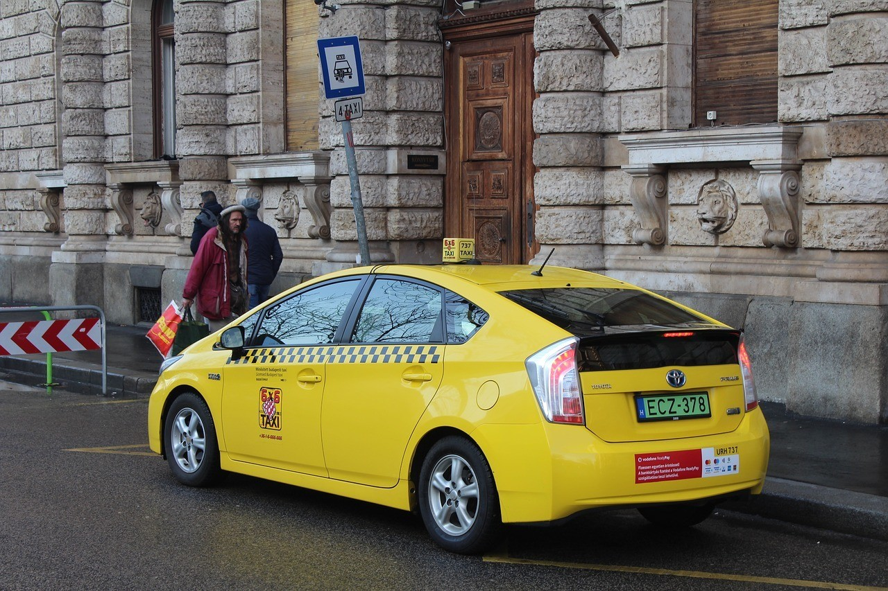 Are taxis safe in Budapest