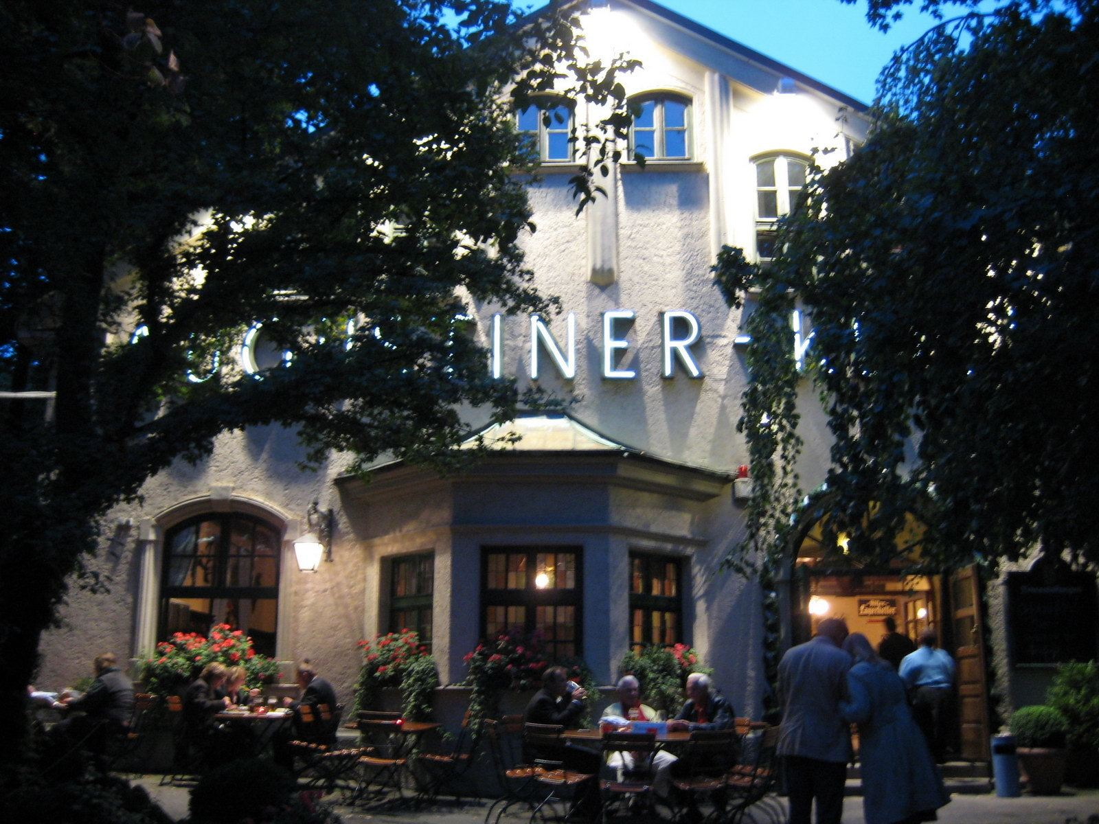 Augustiner Keller Beer-hall and Garden
