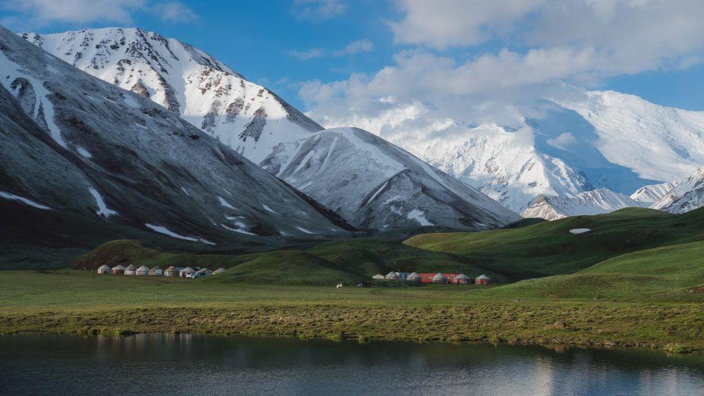tulpar kol yurts kyrgyzstan