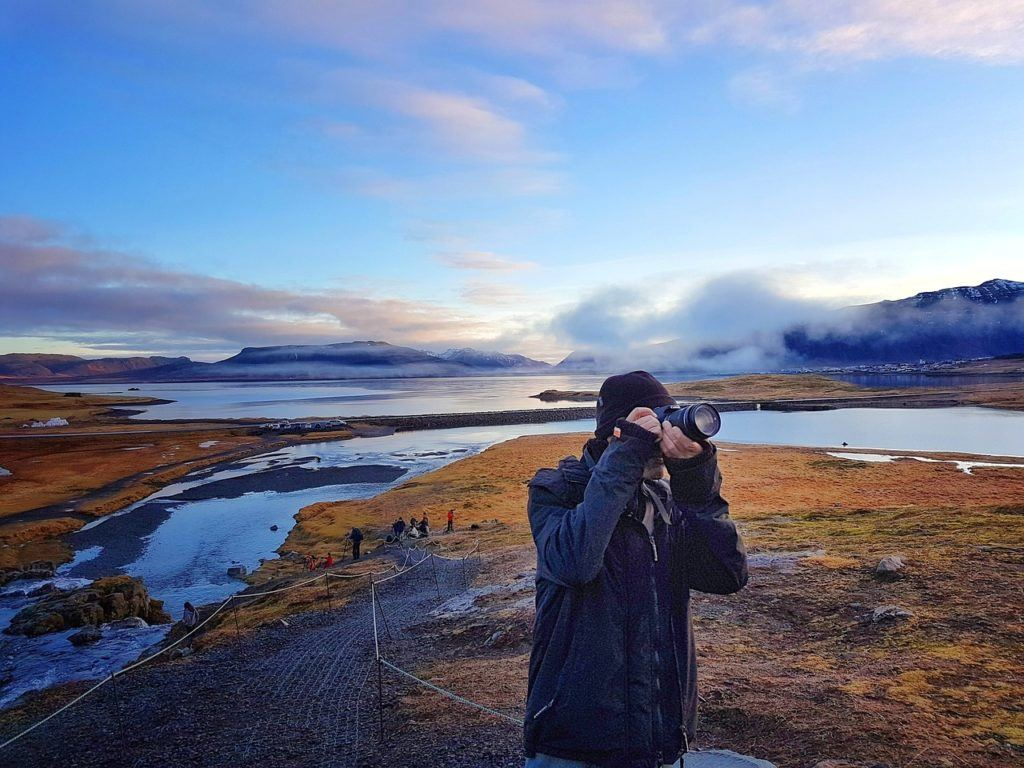 Is Iceland safe to travel alone