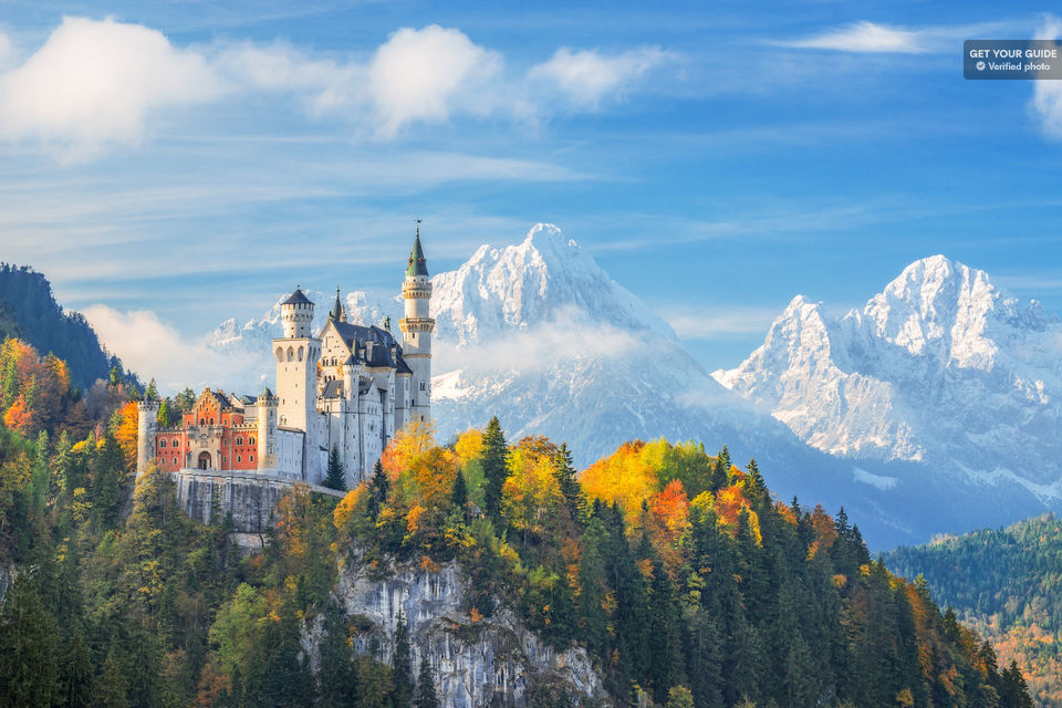 From Munich: Trip to Neuschwanstein & Linderhof in Spanish