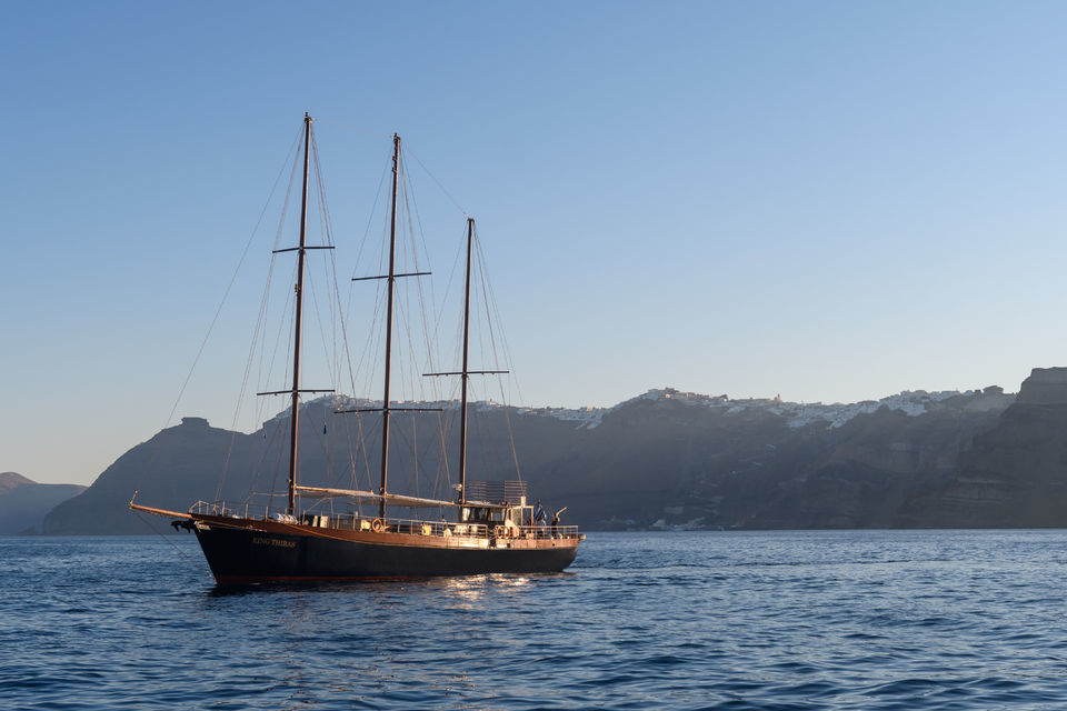 Santorini Romantic Sunset Cruise