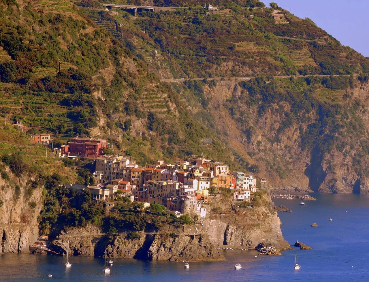 Vernazza to Corniglia Trail
