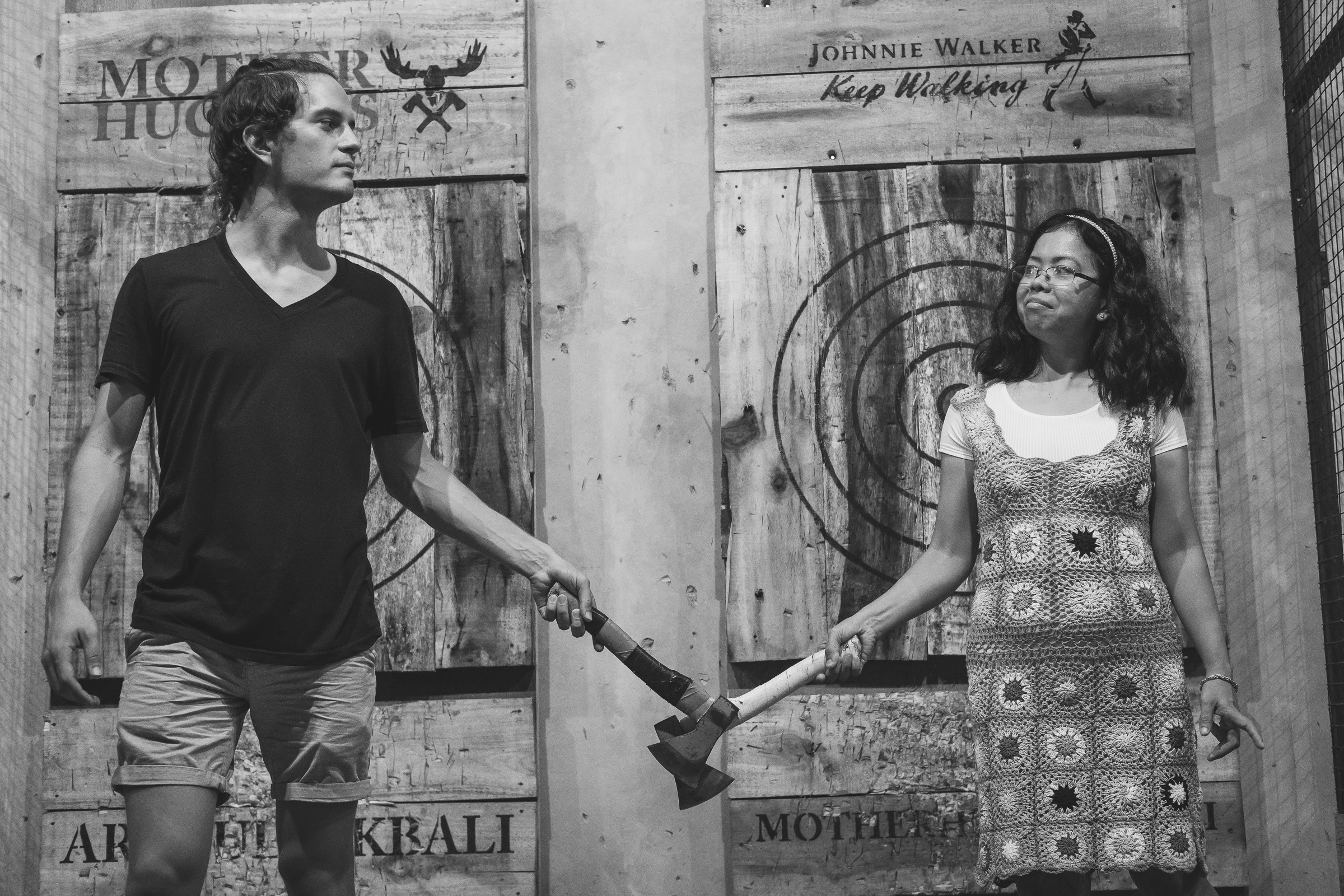 muther huckers ax throwing canggu