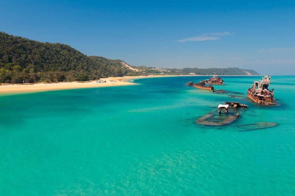 Moreton Island Shipwreck Sand Dune and Kayak 1 Day Adventure