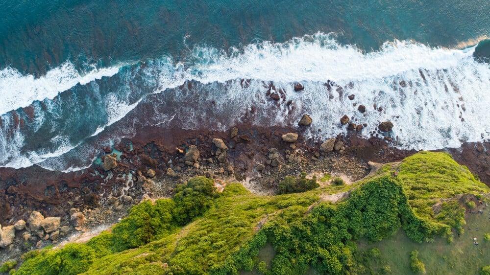 drone shot karang boma cliff uluwatu