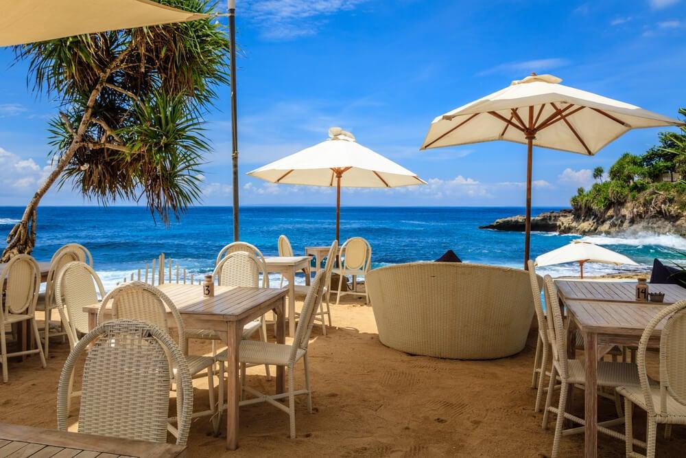 Sandy Bay Beach Club nusa lembongan bali