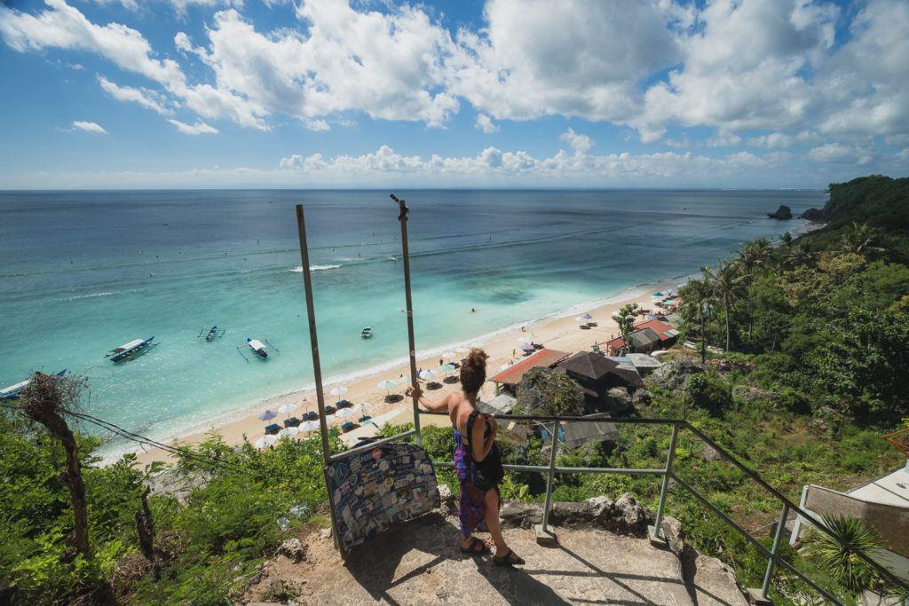 uluwatu beach viewpoint