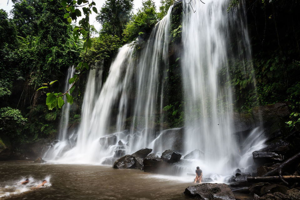 Full-Day Kulen Waterfall and 1000 Lingas Tour