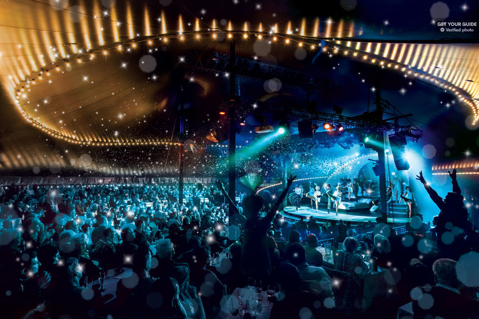 Watch and be amazed by the performance at Tipi am Kanzleramt in Berlin.