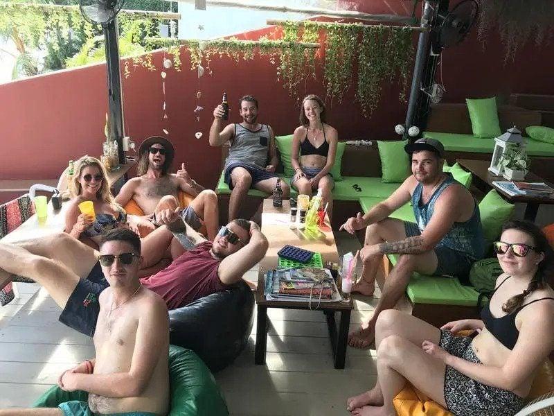 Chill Inn Beach Cafe and Hostel