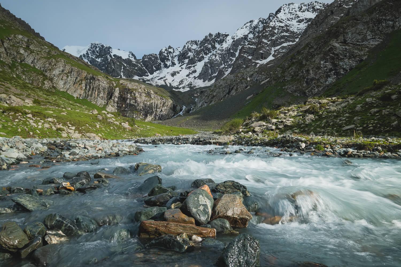 telety pass ak suu traverse kyrgyzstan hikes