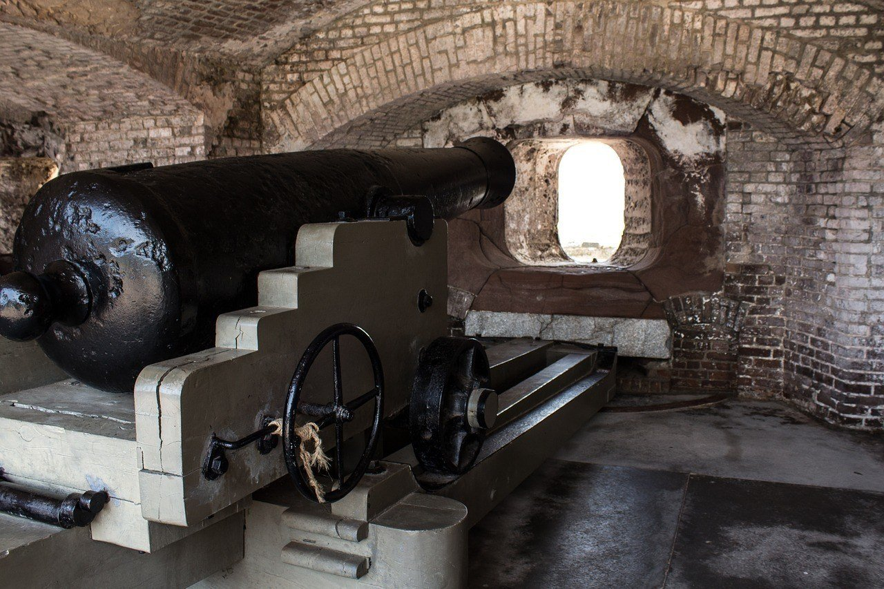 Fort Sumter Education Center and Boat Trip