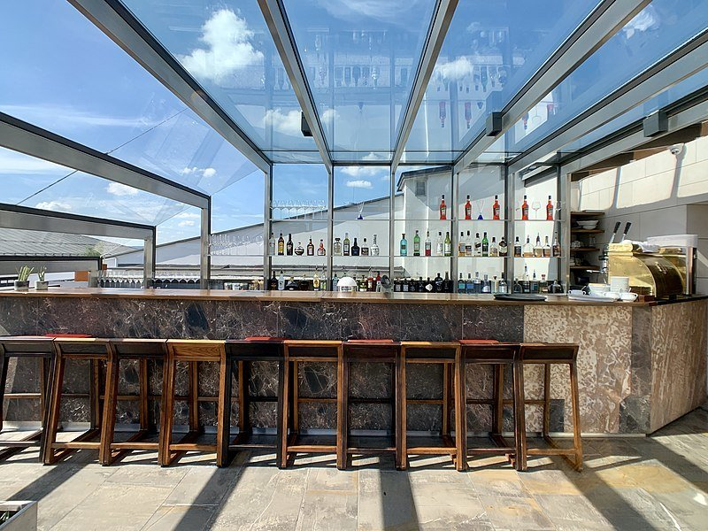 Hotel Stary Sky Bar