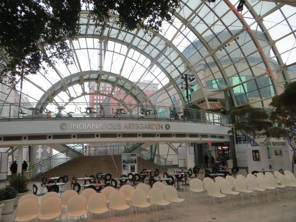 Indianapolis Arts Garden - Breathtaking feat of modern architecture