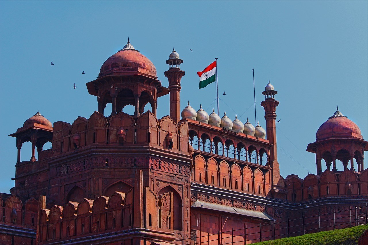Admire the Red Fort