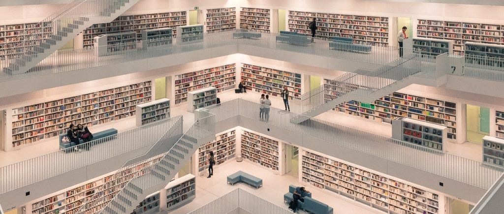 Be amazed by the pristine-looking public library at Stuttgart.