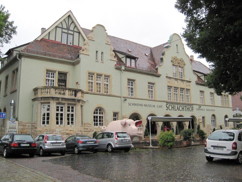 Visit the Schweinemuseum in Stuttgart.