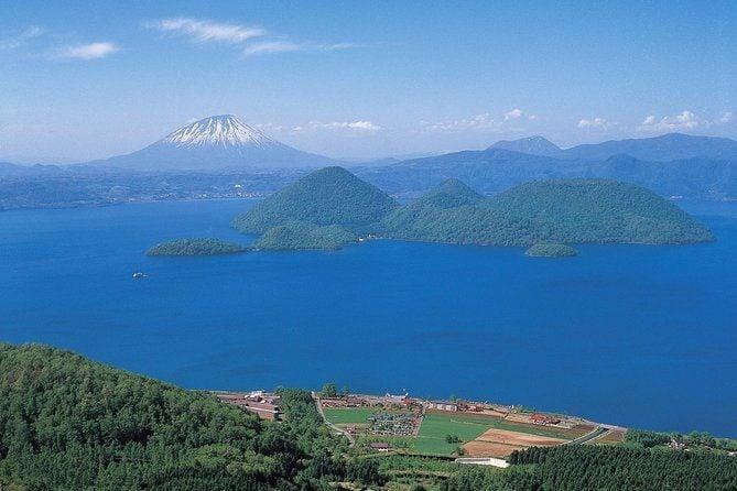 Explorer Hokkaido! Lake Shikotsu, Toya, and Mt Usu Tour