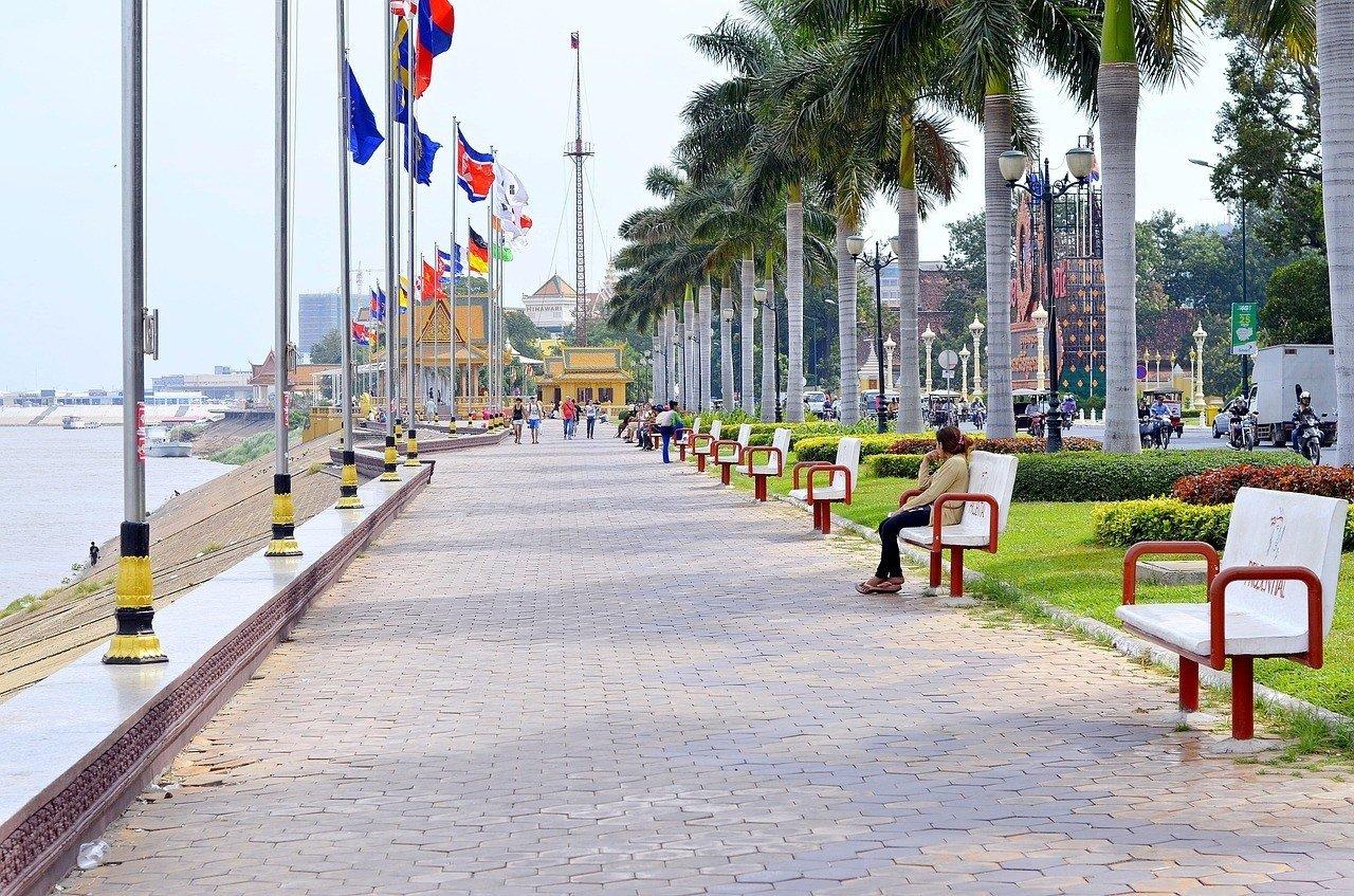 when to visit phnom penh