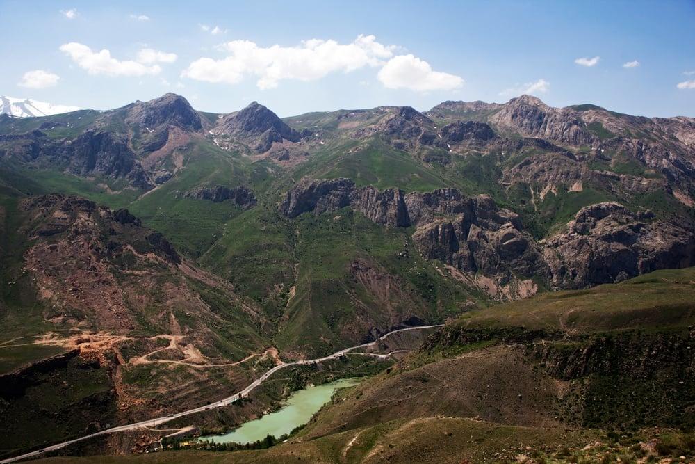 alborz mountain range in Iran