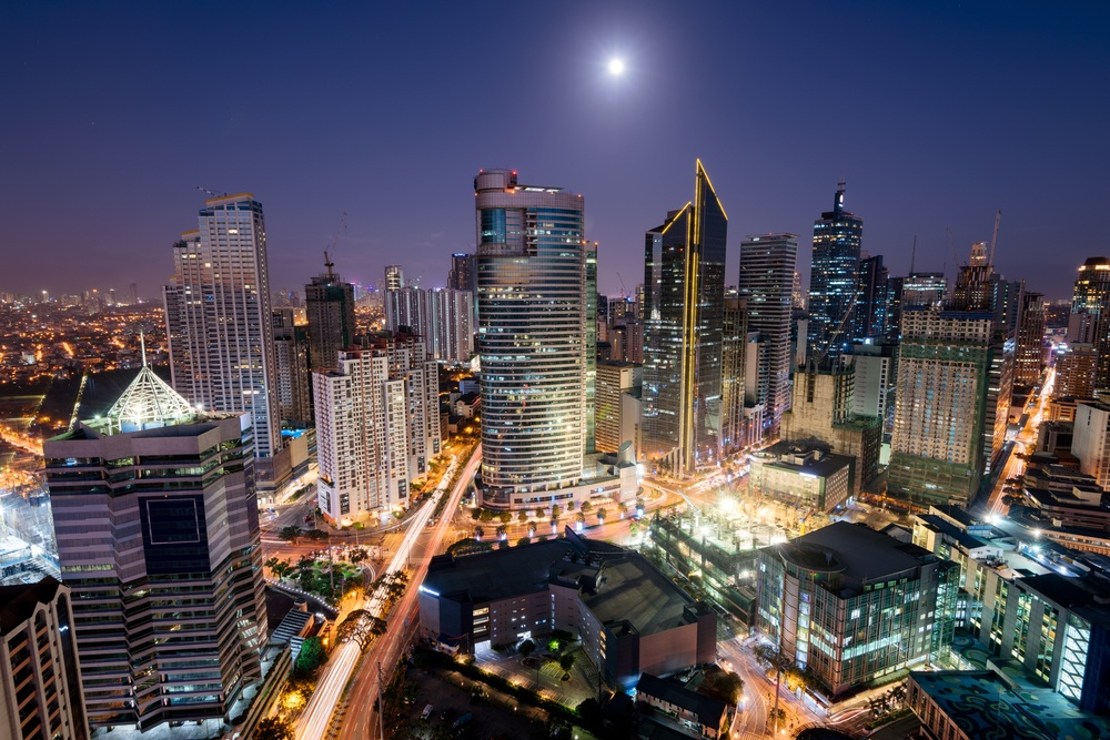 when to stay in manila