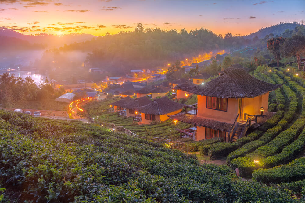 sunset in pai chinese village