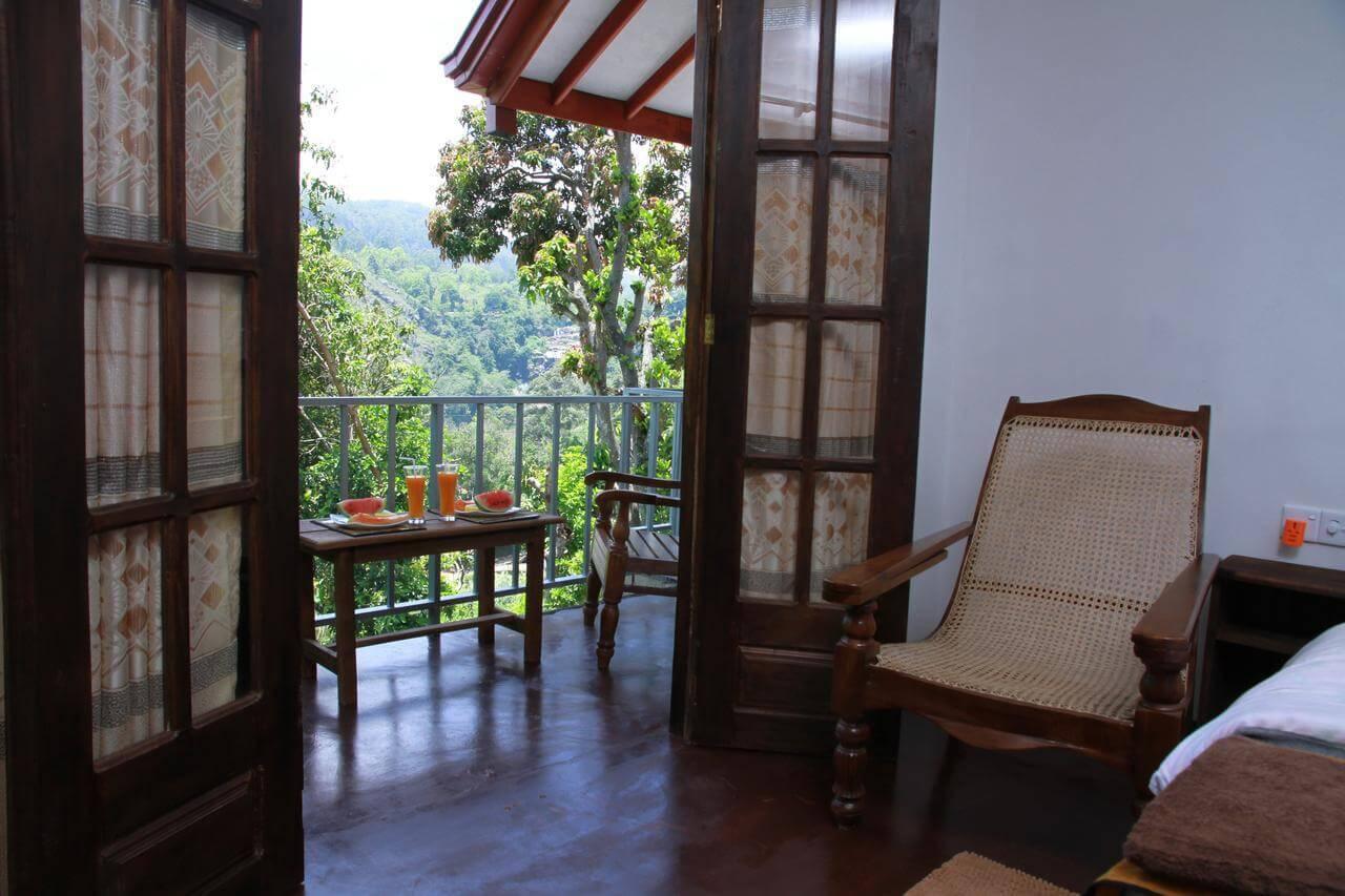 Best cheap hotel in Ella: Ella Grand View