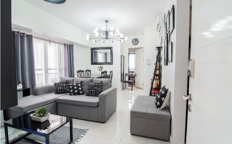 2 bedroom apartment packed with games