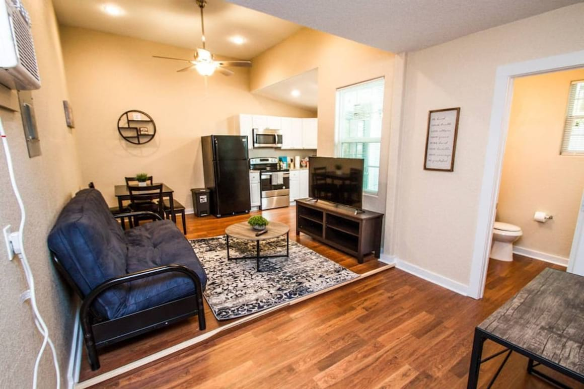 Affordable home near Downtown