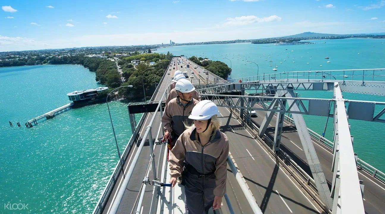 Auckland Harbor Bridge Climb