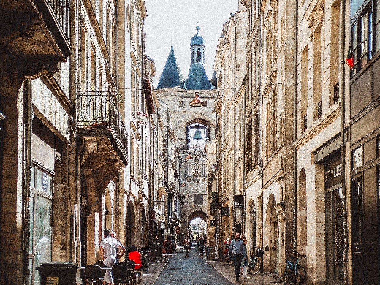 Bordeaux Travel FAQs