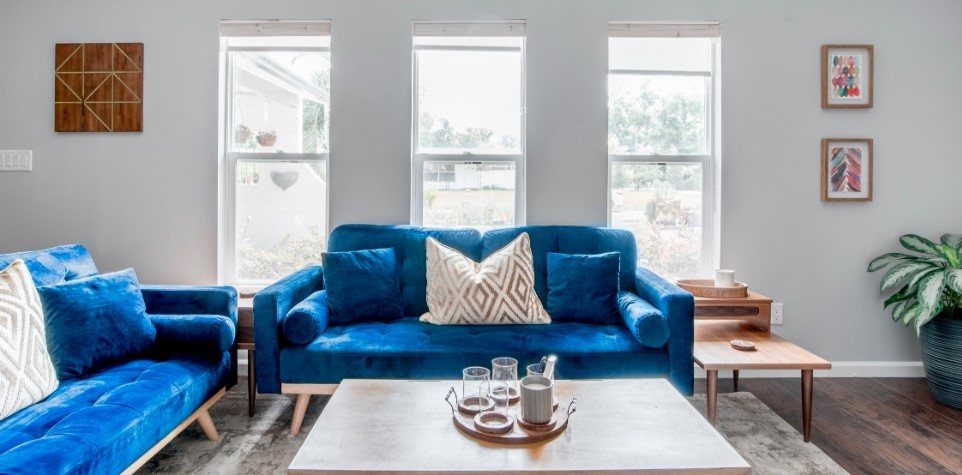 Charming Hideaway with blue couches, Orlando