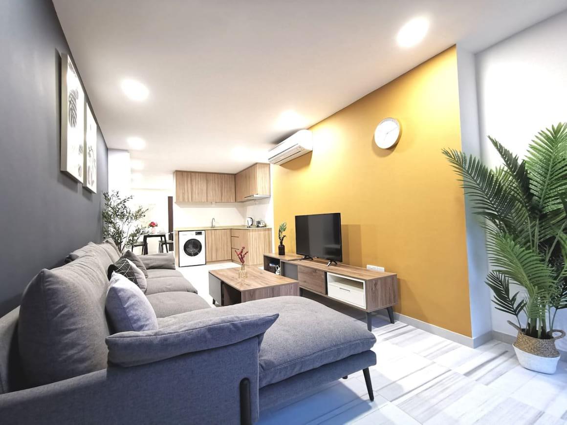 Fancy 4 BR Condominium