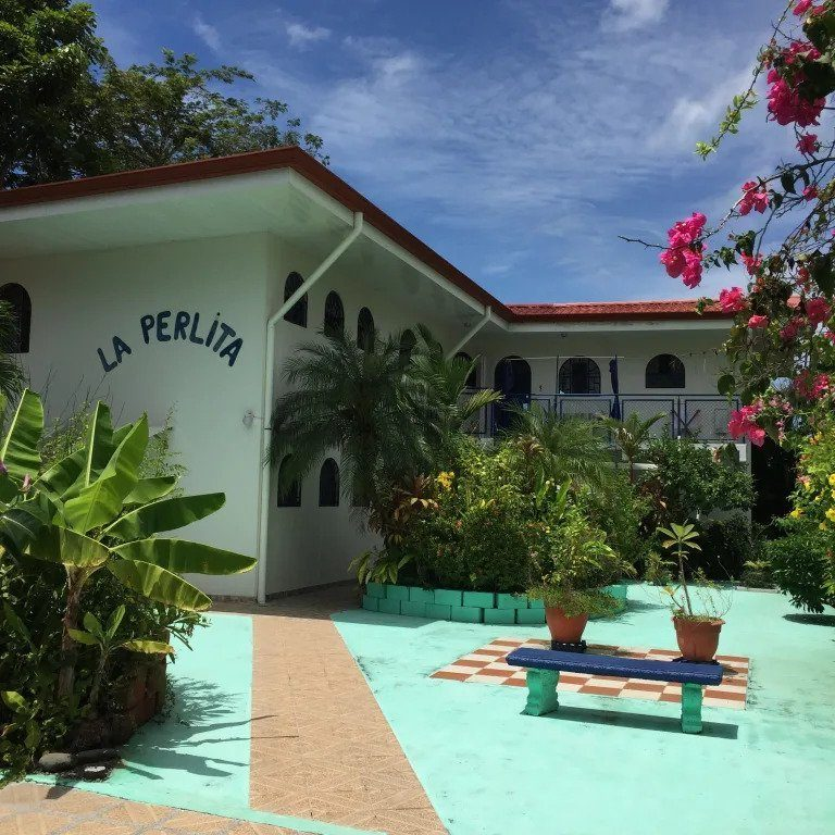La Perlita best hostels in Jaco