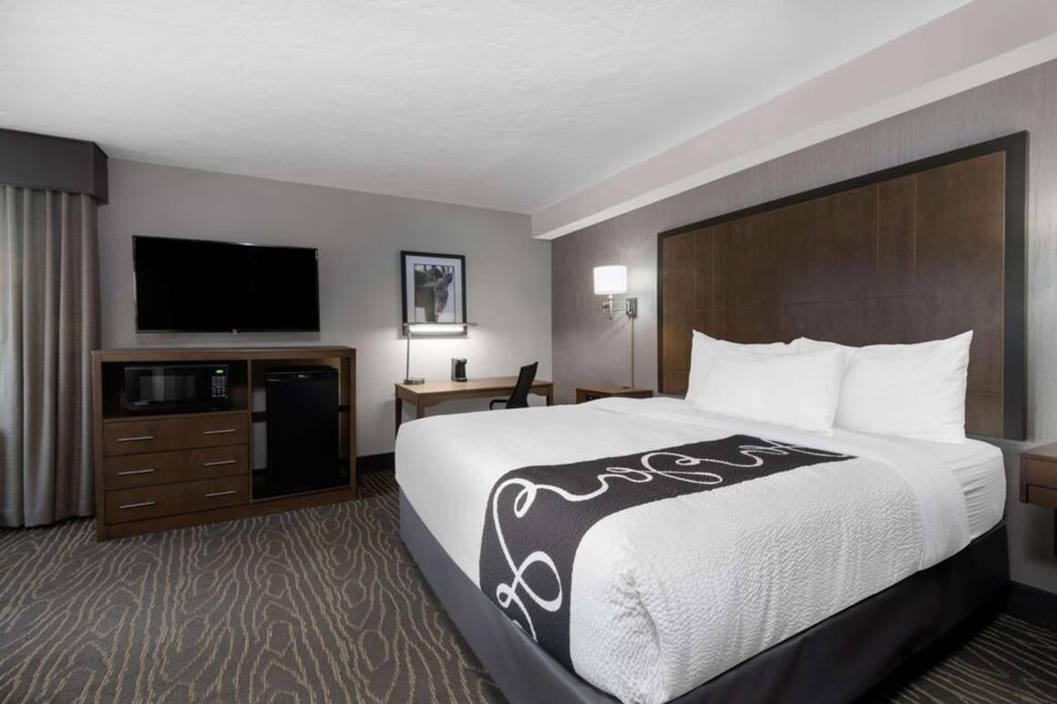 La Quinta Inn and Suites