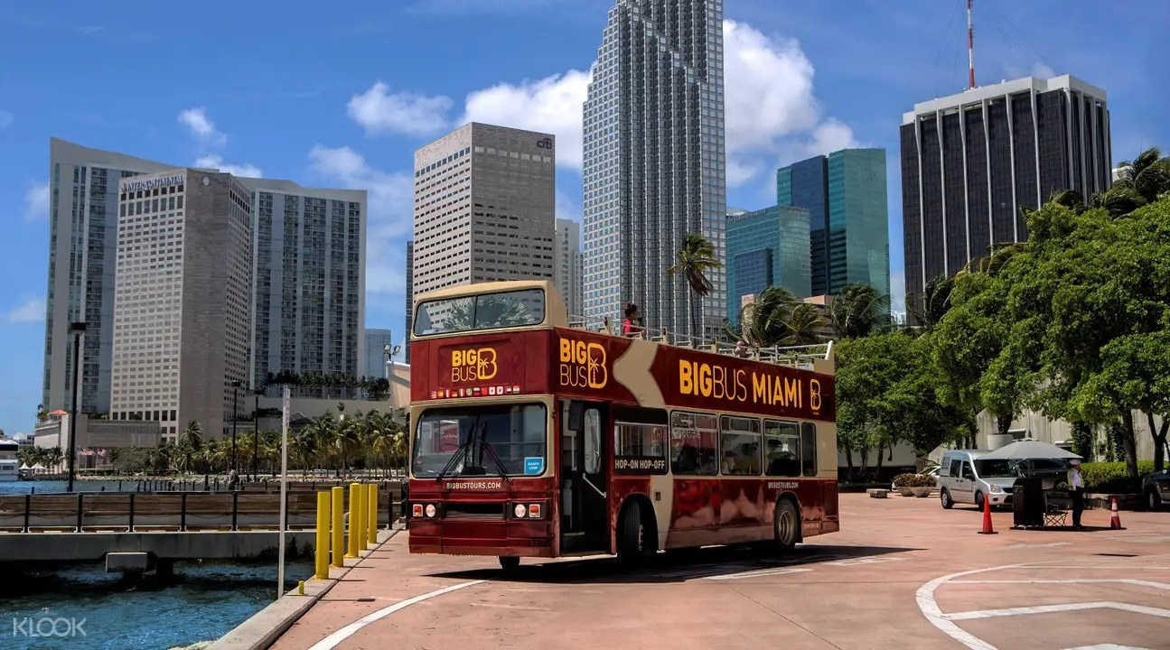 Big Bus Hop-On Hop-Off Tour in Miami