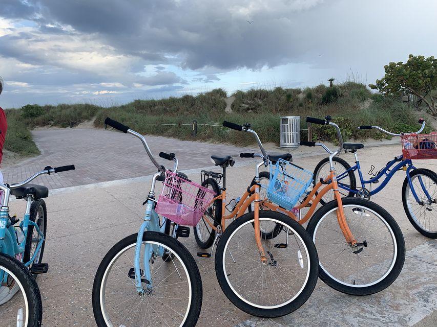 Bike rental in South Beach, Miami