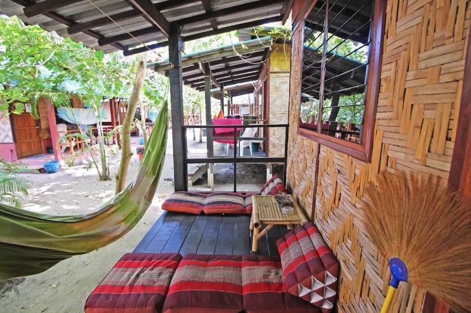 Simple but cute bungalow, Pattaya