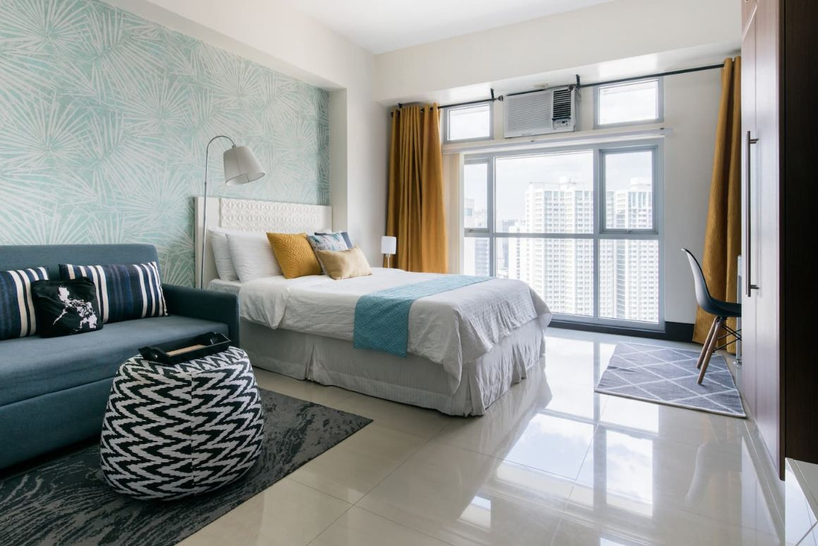 Stunning 30th floor Airbnb Plus Manila