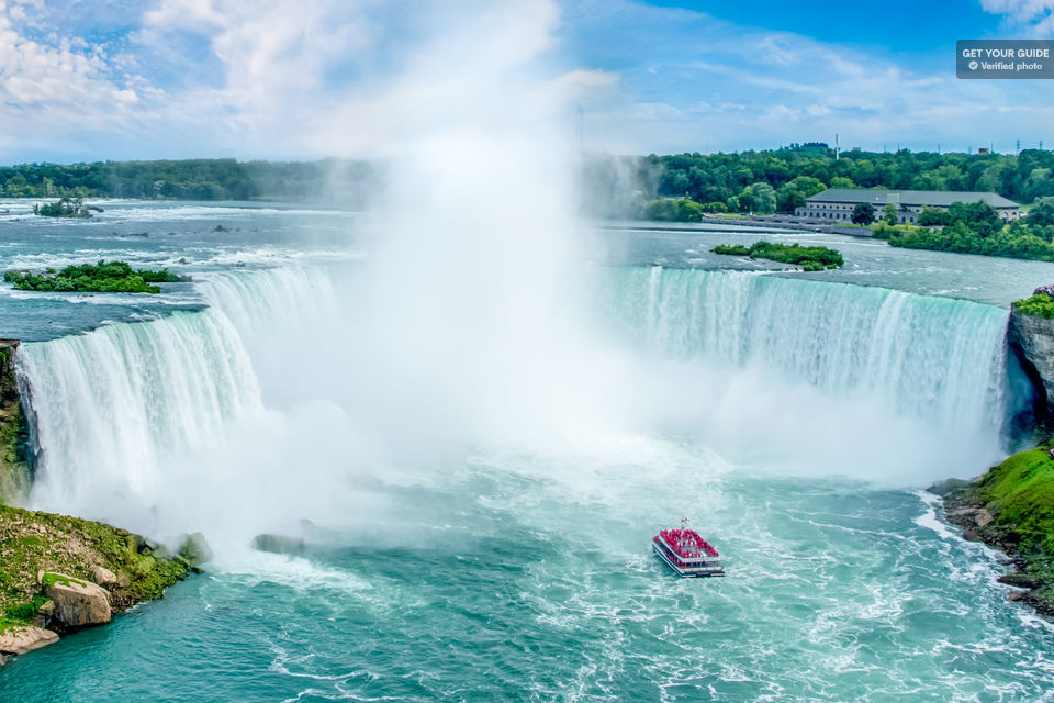 Niagara Falls Day Trip with Optional Boat Tour