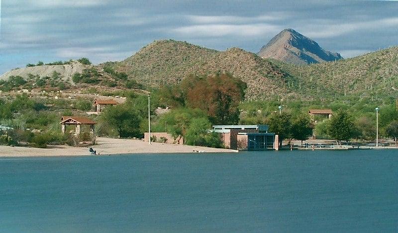 Kennedy Lake, Tucson