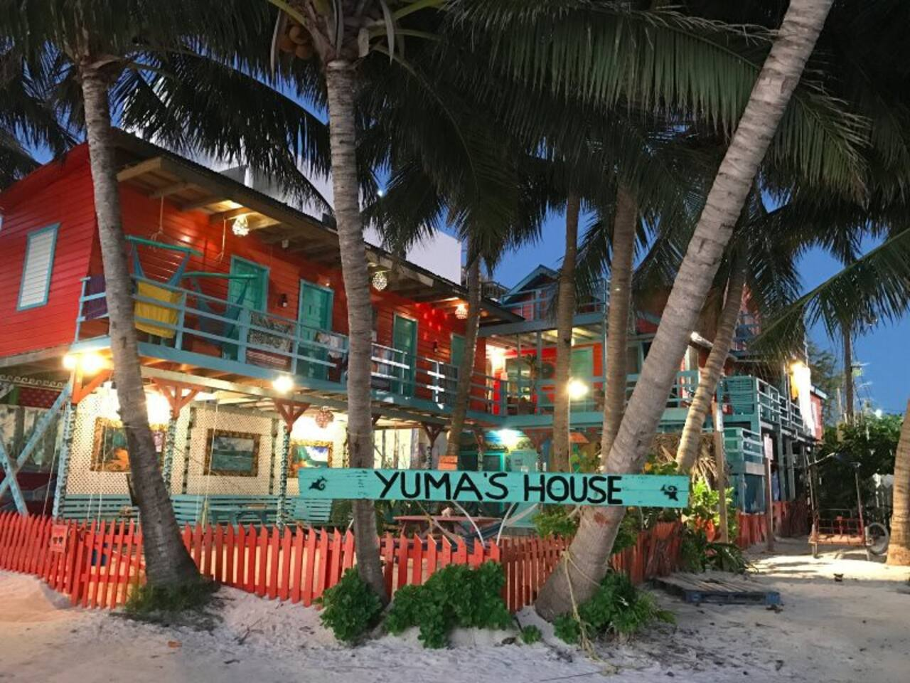 Belize, Where to Stay